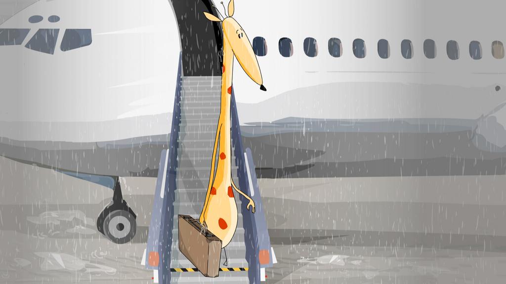 Una giraffa sotto la pioggia